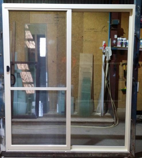 Patio / Sliding door